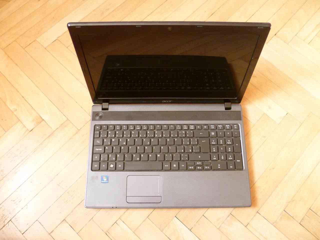 """Notebook ACER Aspire 5250 15,6"""" - vadný, na díly - foto 1"""