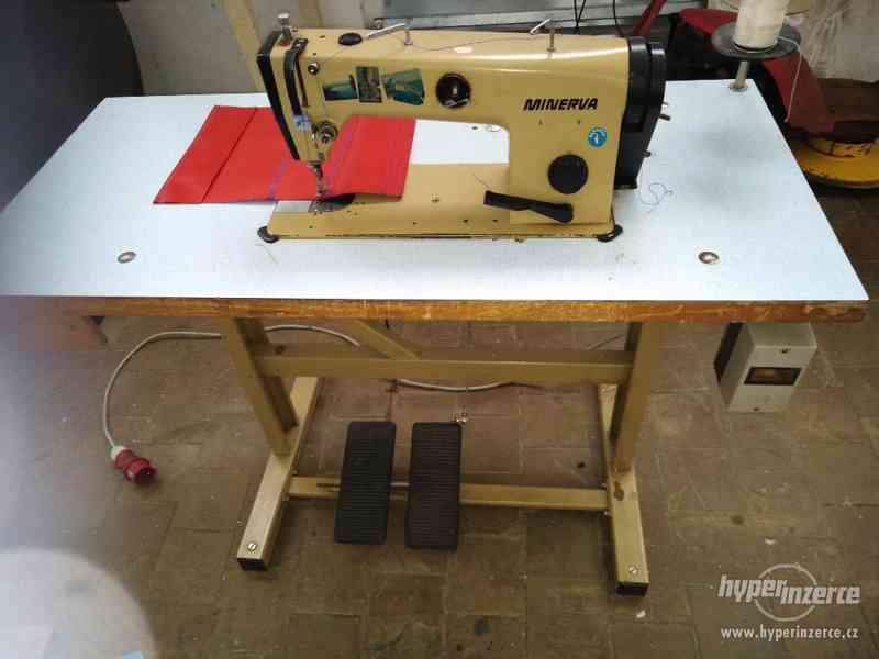 Průmyslový šicí stroj Minerva
