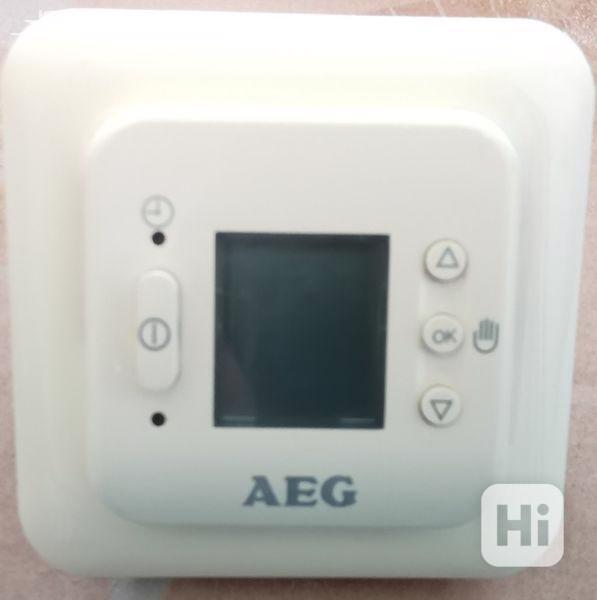 Ovládací panel k podlahovému vytápění