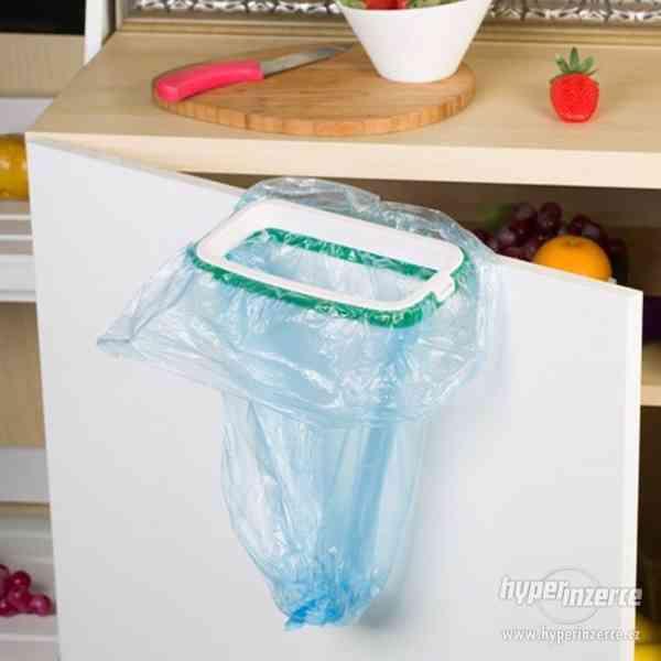 Závěsný odpadkový koš