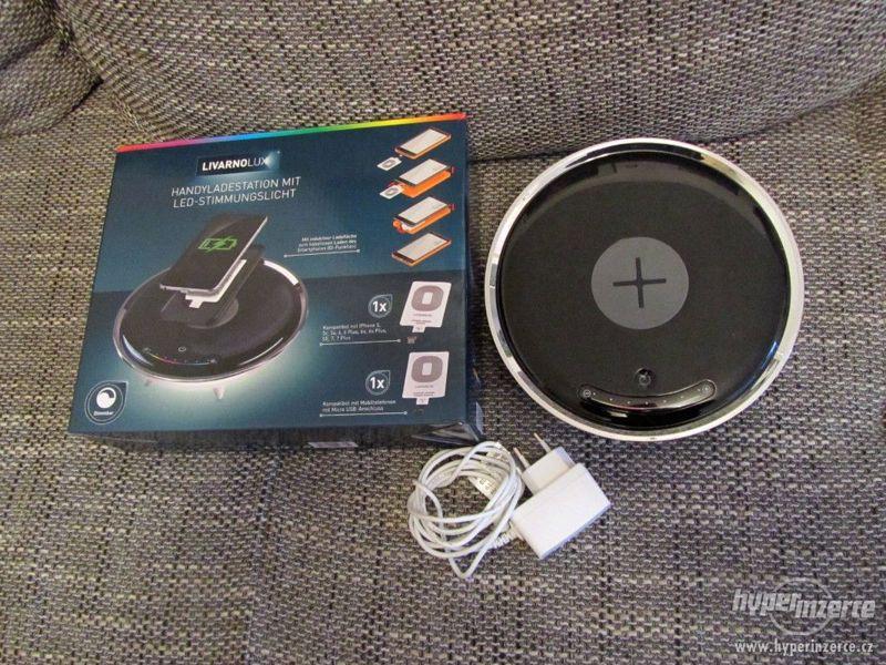 Bezdrátová indukční nabíječka PN15100001 firmy Panlux