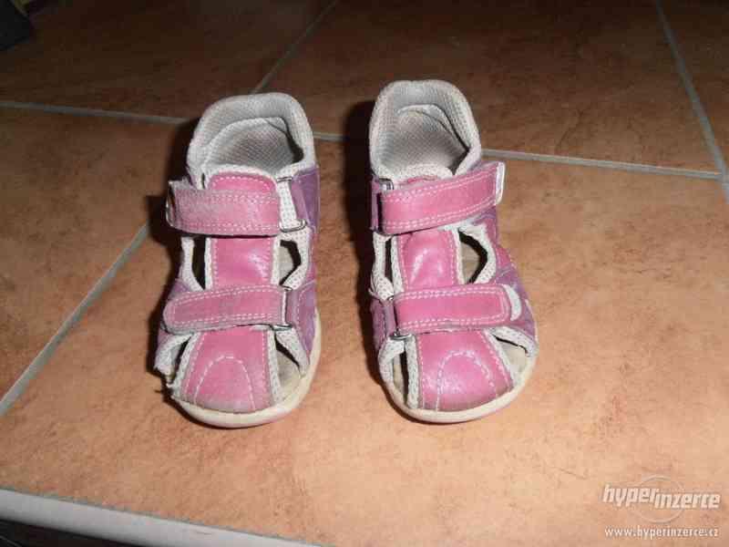 Dívčí sandálky - foto 2