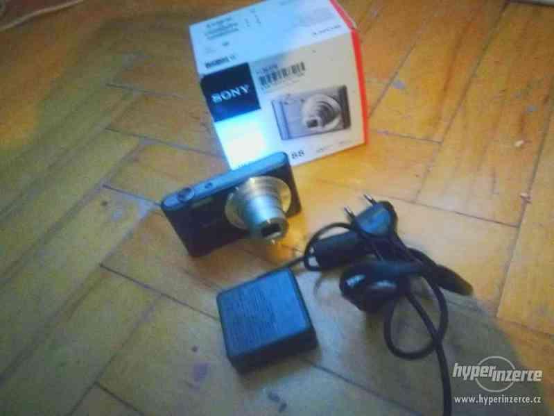 Digitální fotoaparát Sony CyberShot DSC-W810 černý