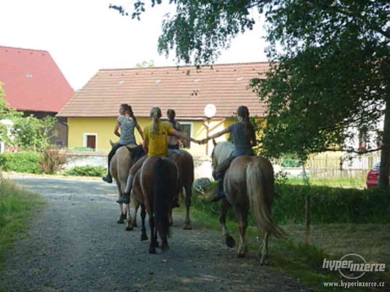 Prázdniny s koňmi- Tábor Koně v Trní - foto 11
