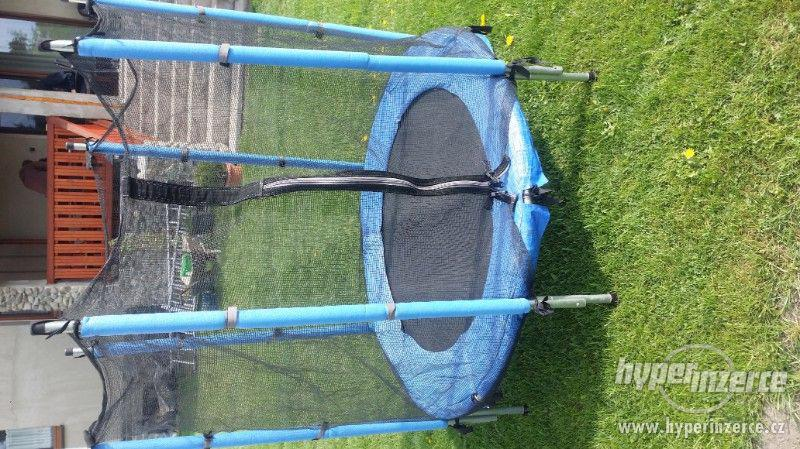 Dětska trampolína - foto 2