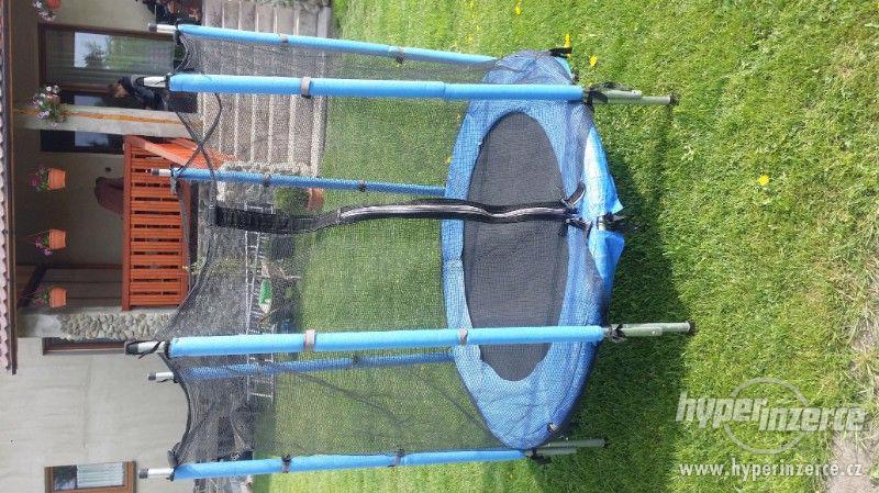 Dětska trampolína - foto 1