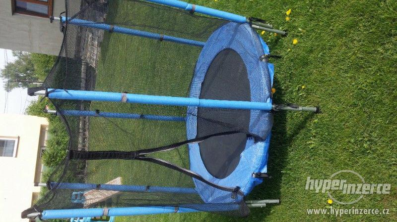 Dětska trampolína - foto 3