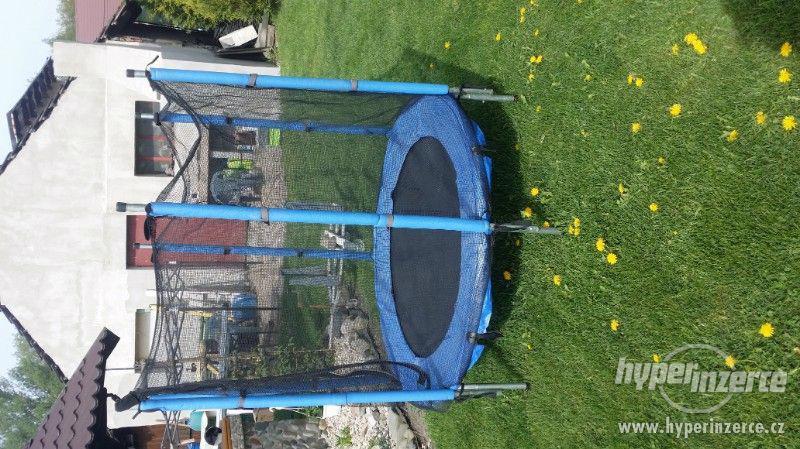 Dětska trampolína - foto 4