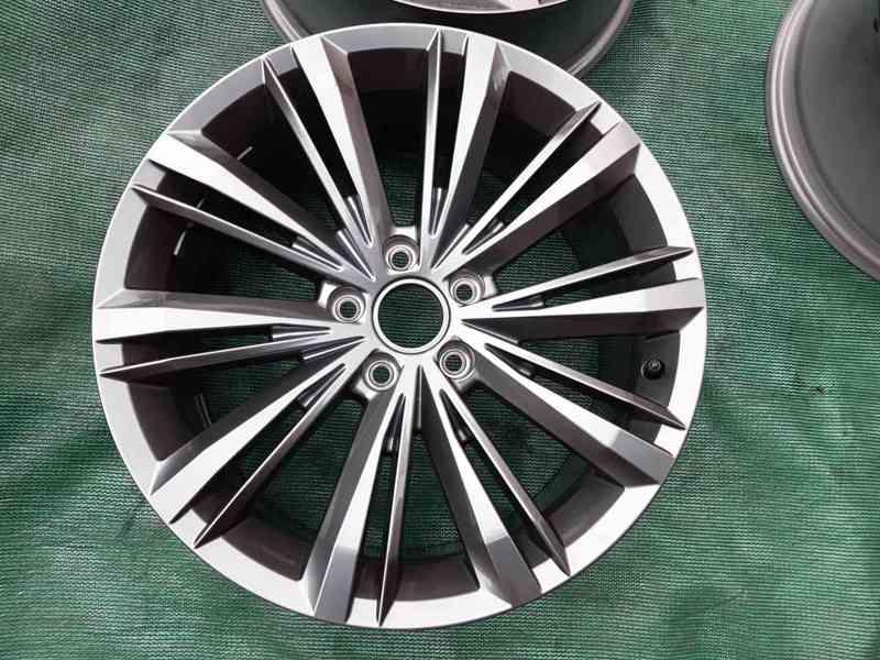 Alu disky Volkswagen Passat B8 R18 Rline ET44 - foto 2