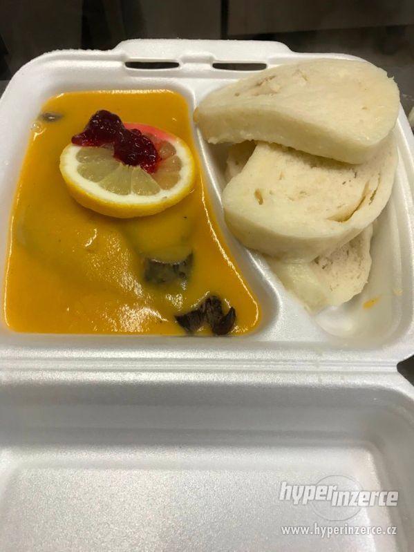 Obědy-rozvoz obědů po Praze ZDARMA - foto 1