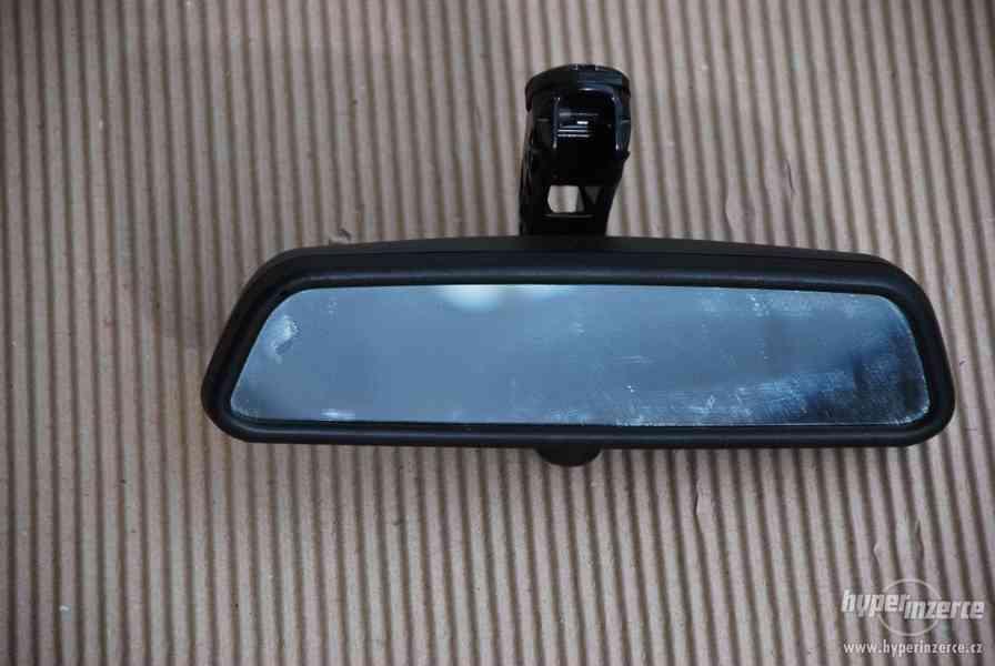 Vnitřní zrcátko zpětné samozatmavovací BMW e61 e60