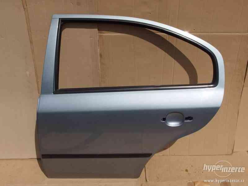 Levé zadní dveře Škoda Octavia I hatchback - foto 2