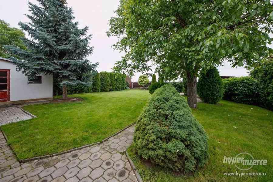 Pronájem části domu se zahradou - foto 3