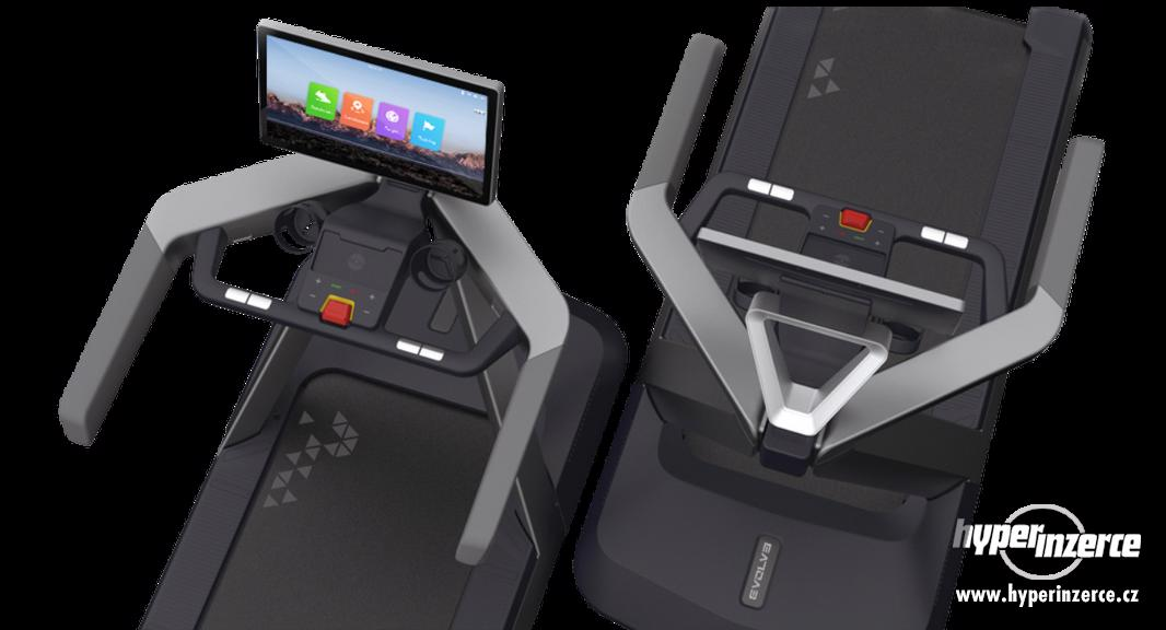 Evolve Treadmill EV-CT-215X with 21,5' full HD Console - foto 3