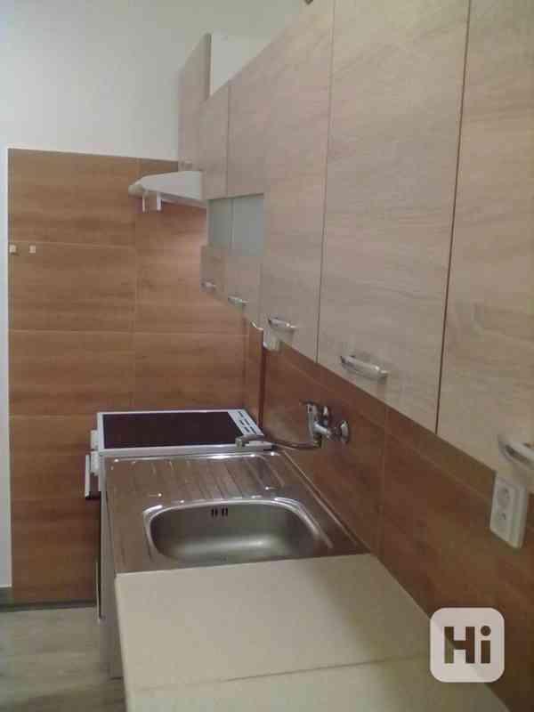 Pronájem vybaveného bytu 1+1, v Přáslavicích  u Olomouce - foto 6