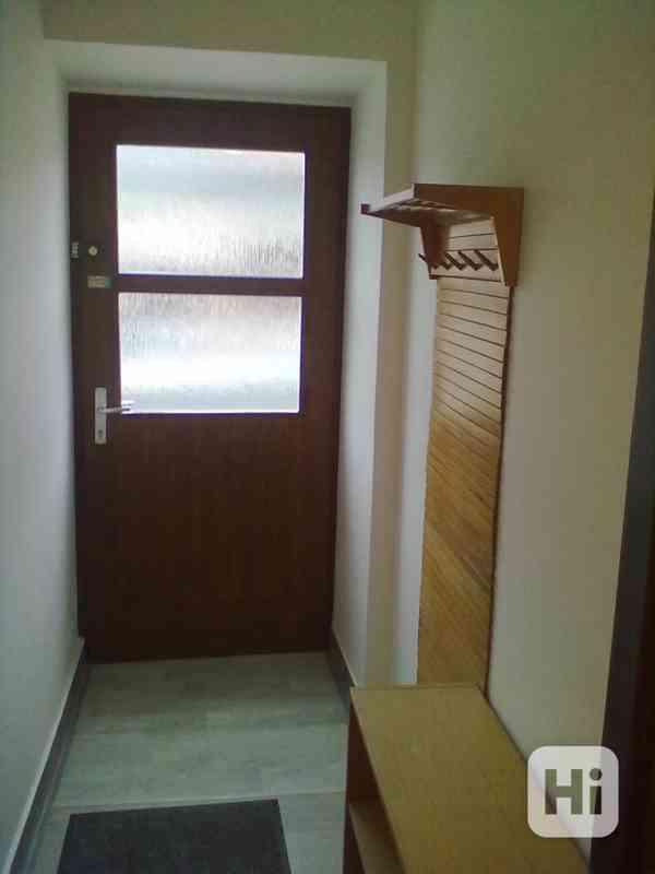 Pronájem vybaveného bytu 1+1, v Přáslavicích  u Olomouce - foto 8