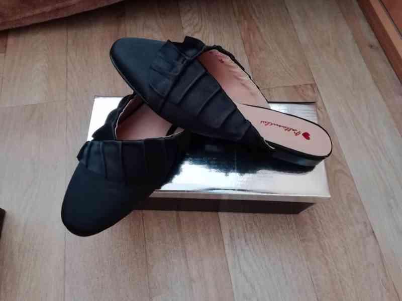 Pěkné nové pantofle vel. 38 - foto 2