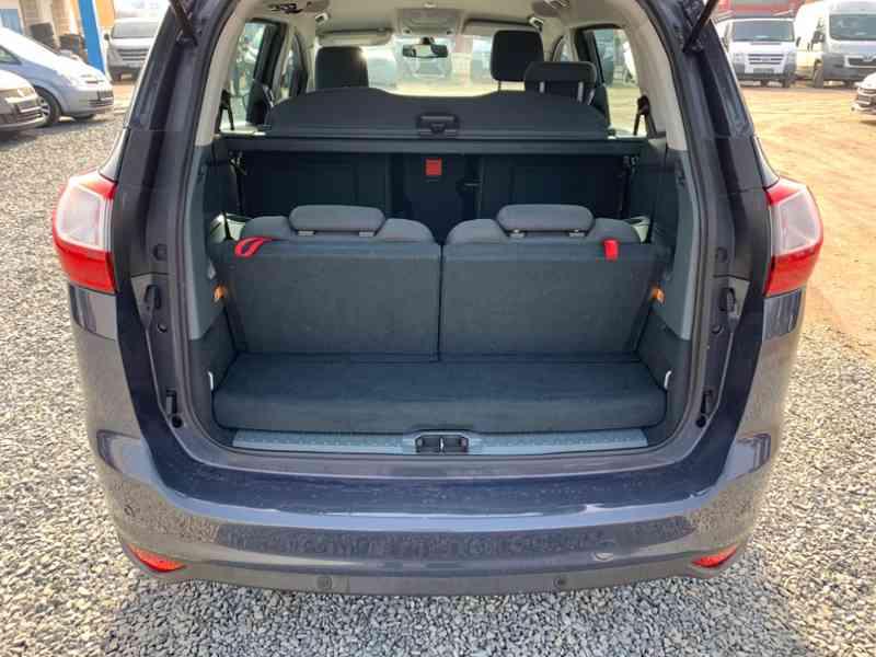 Ford Grand C-MAX 2.0 TDCi Titanium 120kW - foto 10