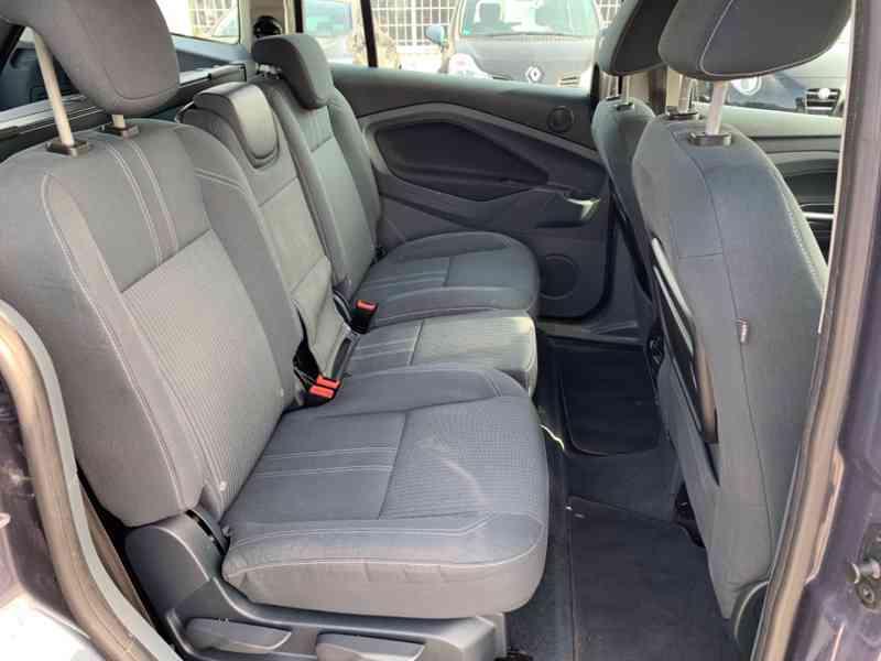 Ford Grand C-MAX 2.0 TDCi Titanium 120kW - foto 19