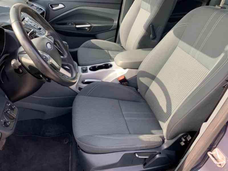 Ford Grand C-MAX 2.0 TDCi Titanium 120kW - foto 15