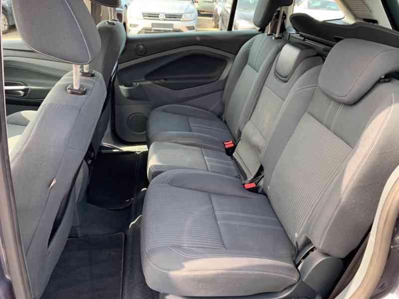 Ford Grand C-MAX 2.0 TDCi Titanium 120kW - foto 16