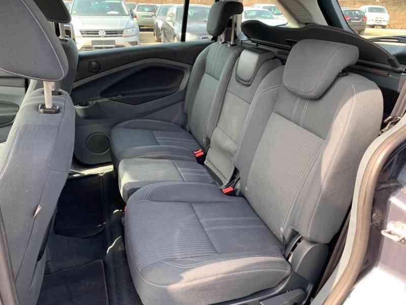 Ford Grand C-MAX 2.0 TDCi Titanium 120kW - foto 6