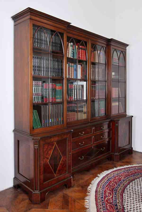 Nádherná anglická knihovna v top kvalitě