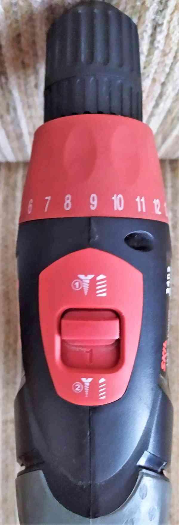 SKIL 2402 - Akumulátorový vrtací šroubovák s baterií 1,5Ah  - foto 5