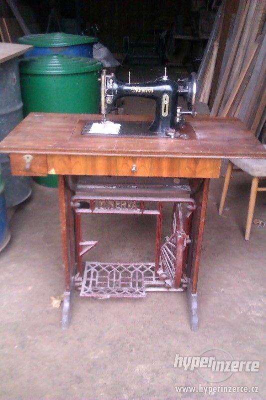 prodám starožitný šicí stroj