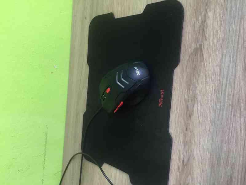 Počítač Fujistu  - foto 2