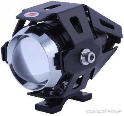 Přídavná světla na motorku