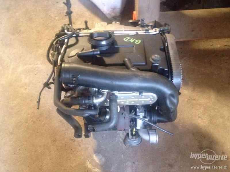 Prodám kompletní motor viz. foto, 2,0 103kw, BKD - foto 2