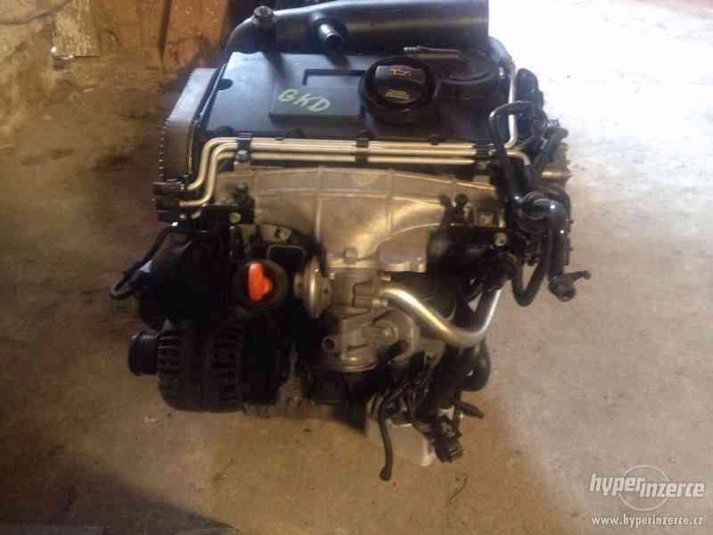 Prodám kompletní motor viz. foto, 2,0 103kw, BKD - foto 3