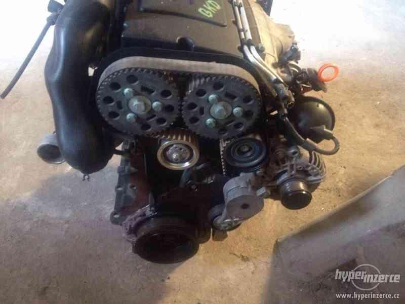 Prodám kompletní motor viz. foto, 2,0 103kw, BKD - foto 4