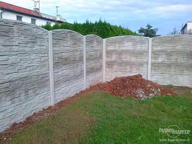 montáž betonových plotů - foto 2