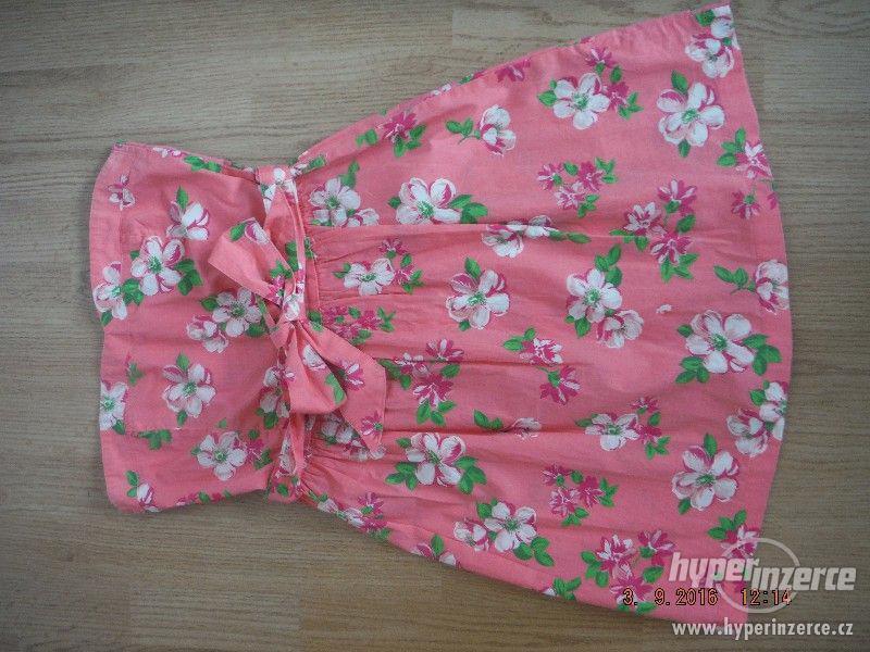 Prodám dívčí letní šaty Terranova, velikost XS