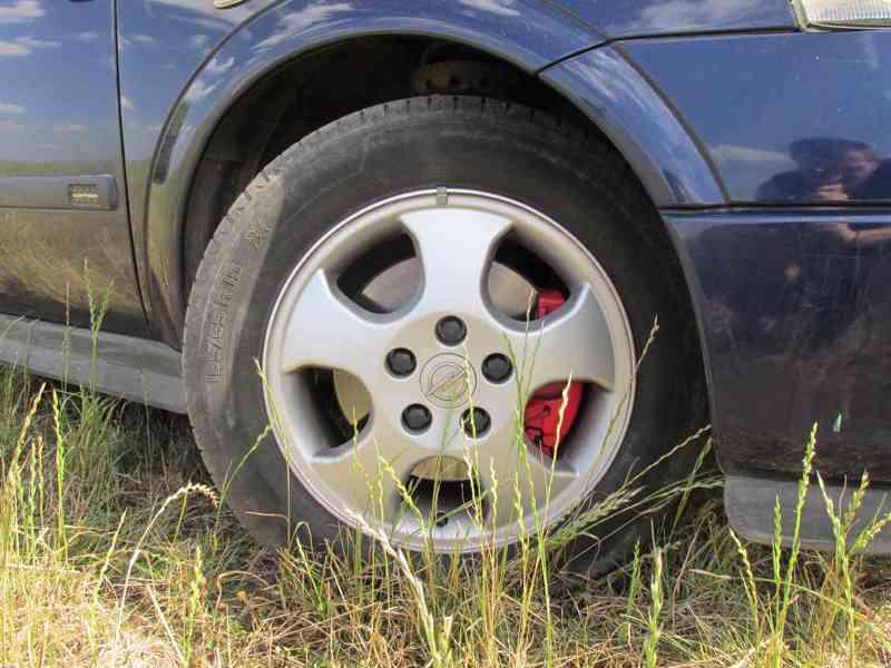 Lita kola, disky elektrony Opel astra G - foto 1