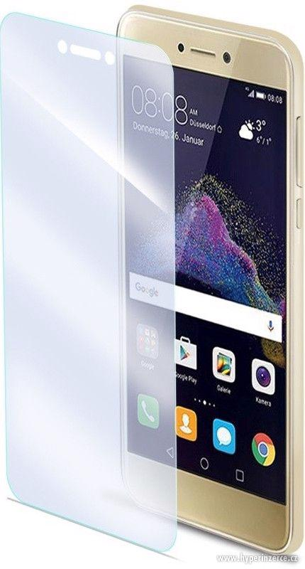 Tvrzené sklo CELLY Glass pro Huawei P8 Lite