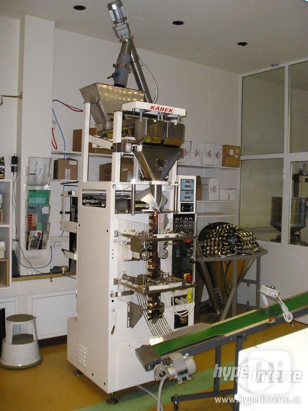Vertikální balicí stroj BTH 41