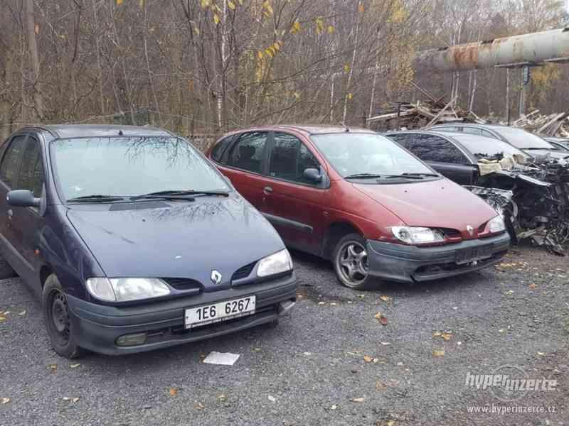 prodám veškeré náhradní díly z těchto aut viz foto - foto 8