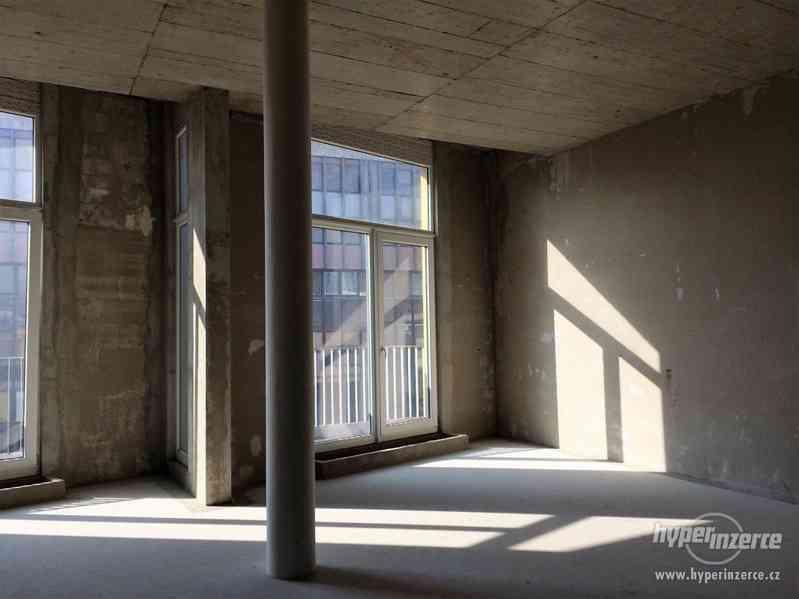 Komerční prostory Ústí nad Labem, Mírové náměstí 3286, objekt FALK, 87 - 559m2 - foto 9