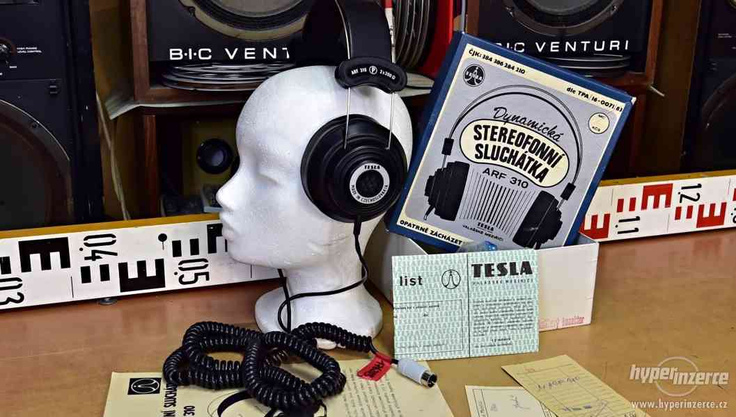 Tesla ARF 310 stereo sluchátka