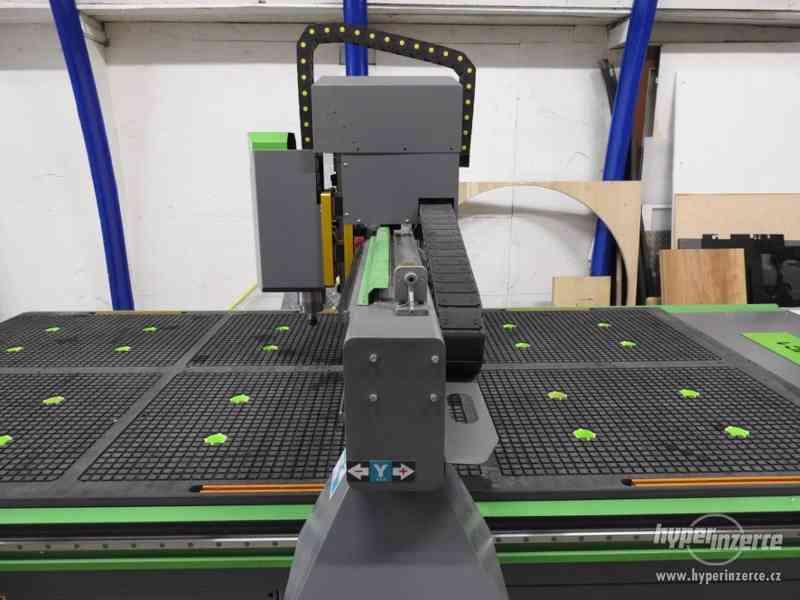 CNC průmyslová frézka INDUSTRY F1530-3K (1500x3000) - foto 15