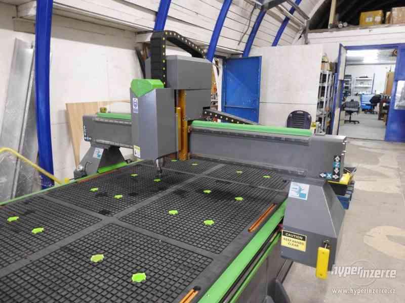 CNC průmyslová frézka INDUSTRY F1530-3K (1500x3000) - foto 16