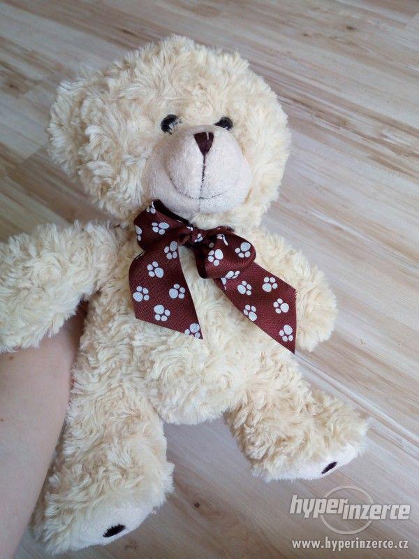 plyšový medvěd - foto 3