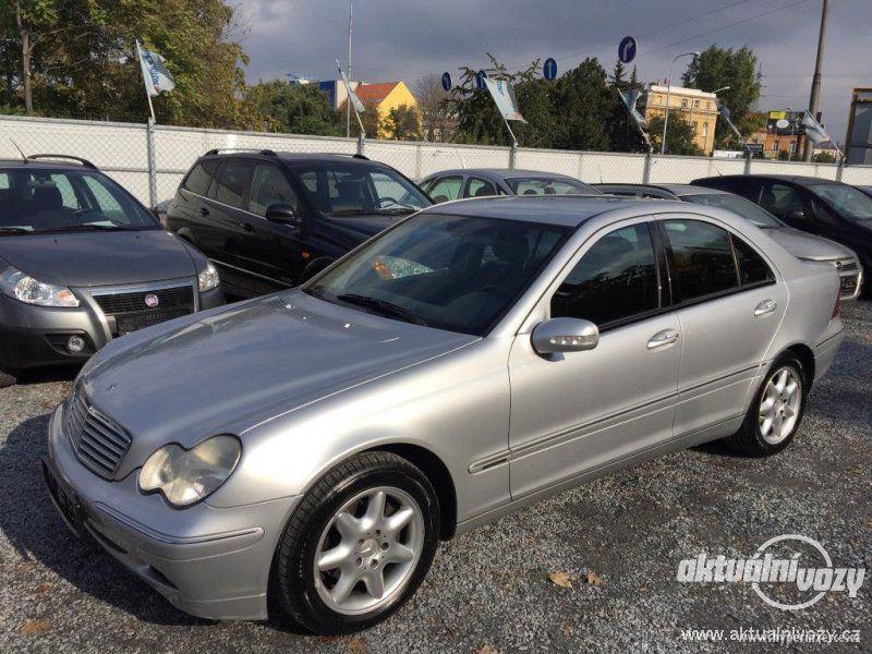 Mercedes-Benz Třídy C 2.0, nafta, r.v. 2001 - foto 1