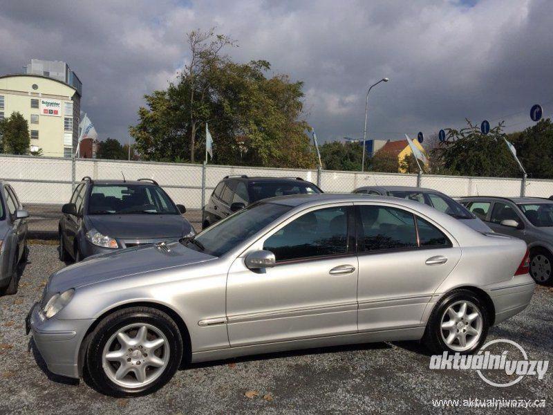 Mercedes-Benz Třídy C 2.0, nafta, r.v. 2001 - foto 4