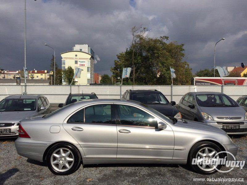 Mercedes-Benz Třídy C 2.0, nafta, r.v. 2001 - foto 5