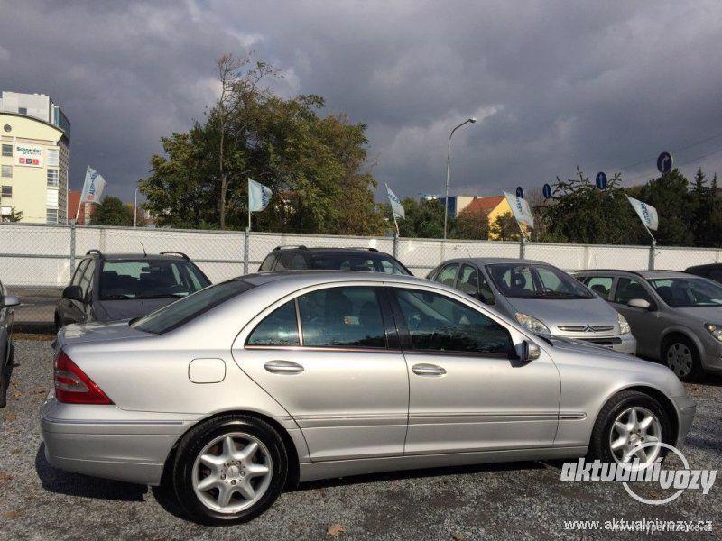 Mercedes-Benz Třídy C 2.0, nafta, r.v. 2001 - foto 8