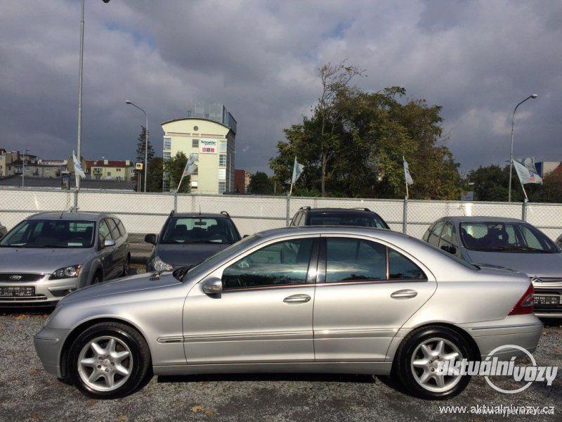 Mercedes-Benz Třídy C 2.0, nafta, r.v. 2001 - foto 14